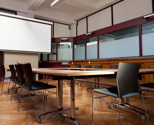 Le C@pitole à Mazamet - salle de visoconférence et de réunion - Cowork'in Tarn le réseau du télétravail et coworking Tarnais