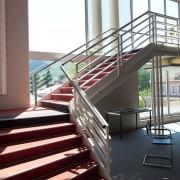 Le Centre Bradford à Aussillon / Mazamet - Escalier - Cowork'in Tarn le réseau du télétravail et coworking Tarnais