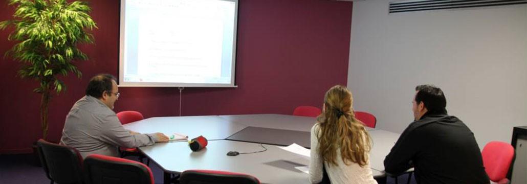ITmédia2 à Castres - Salle de réunion - Cowork'in Tarn le réseau du télétravail et coworking Tarnais